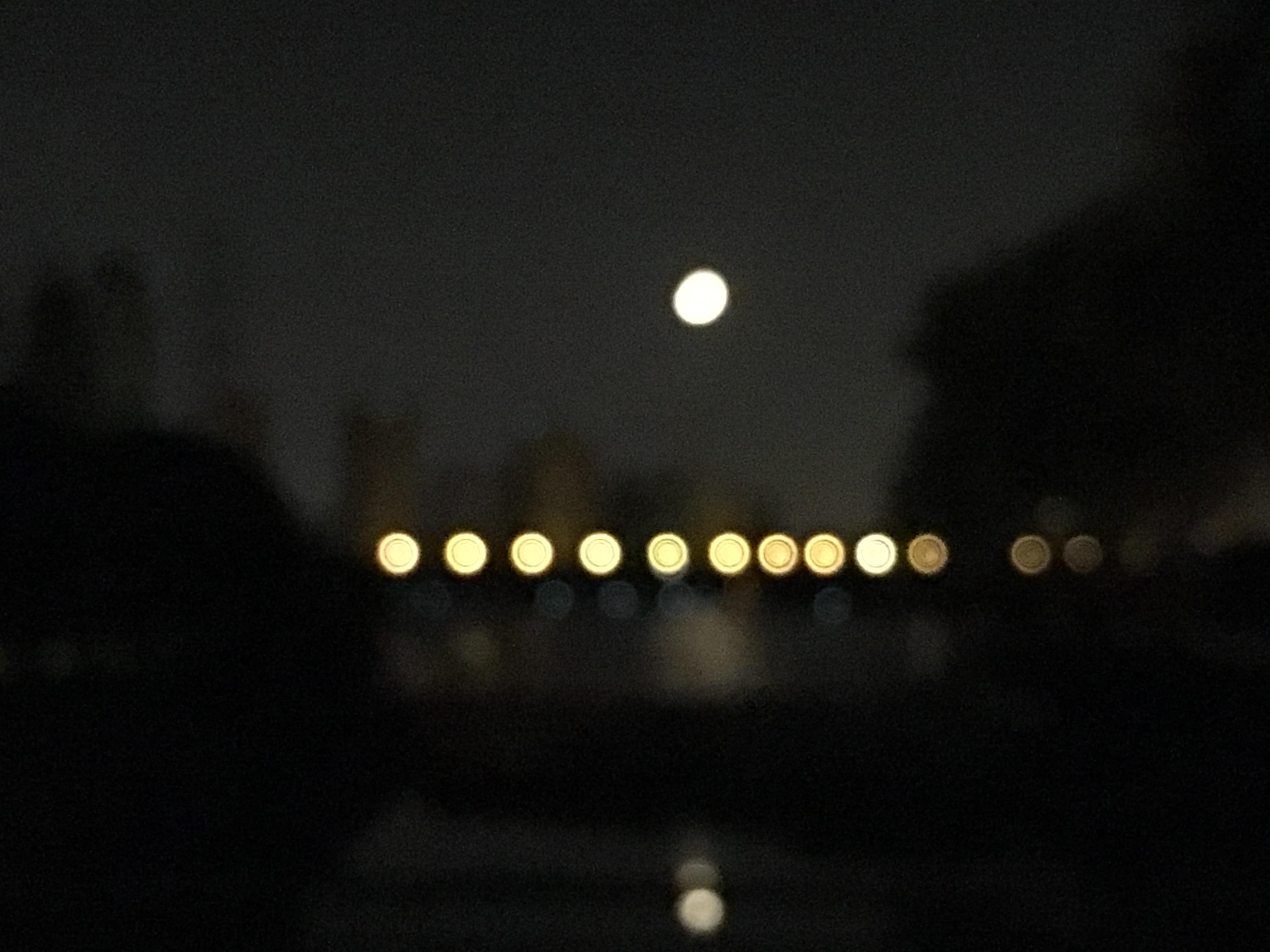 6.29的月亮